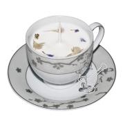 SUDRABOTIE ĶIRŠU ZIEDIŅI: eko sojas vaska svece porcelāna tasītē ar sudrabotu sakuras ziedu motīvu